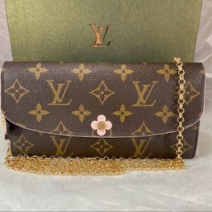 🌸VERY RARE🌸LOUIS VUITTON Emily Wallet on Chain